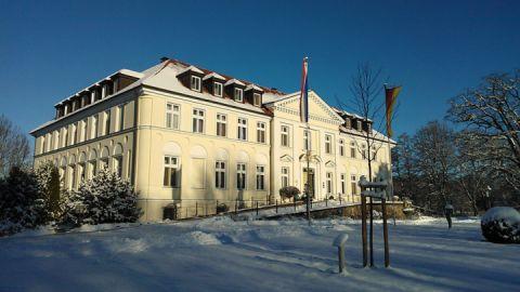 Winter Seeschloss Schorssow