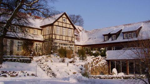Winter im Gutshof Woldzegarten