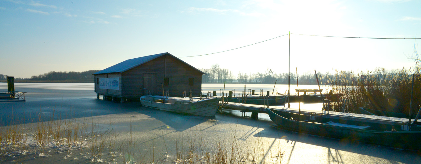 Angeln im Winter an der Seenplatte