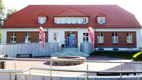 Tourist Info Plau am See - Haus des Gastes