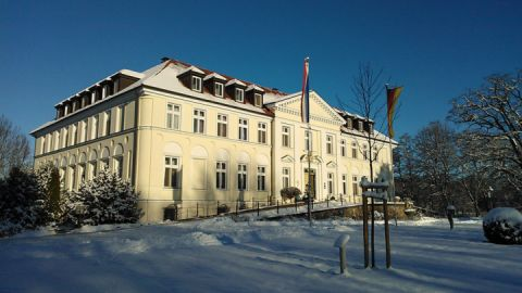 Winter Seeschloss Schorssow